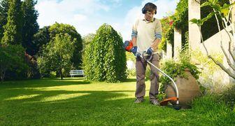 Стрижка газона: как правильно косить траву фото