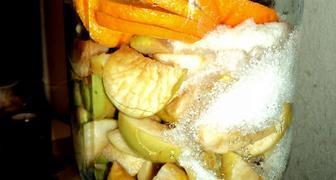 Компот из свежих яблок с апельсином