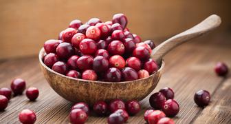 Полезные свойства клюквы: народные рецепты