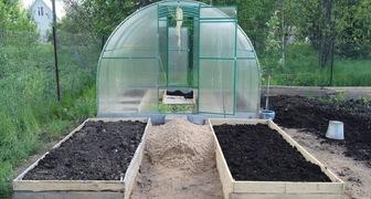 Подготовка к новому сезону компостных ям, теплиц, высоких грядок