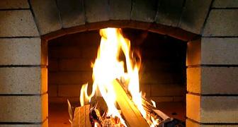 Что делать если дым при растопке печки или камина идет в дом