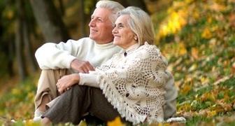 День бабушек и дедушек: история и традиции, что подарить на праздник