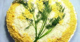 Яркие и вкусные салаты-цветы - лучшее украшение праздничного стола